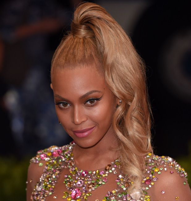 Beyonce at the met gala in new york 4th May