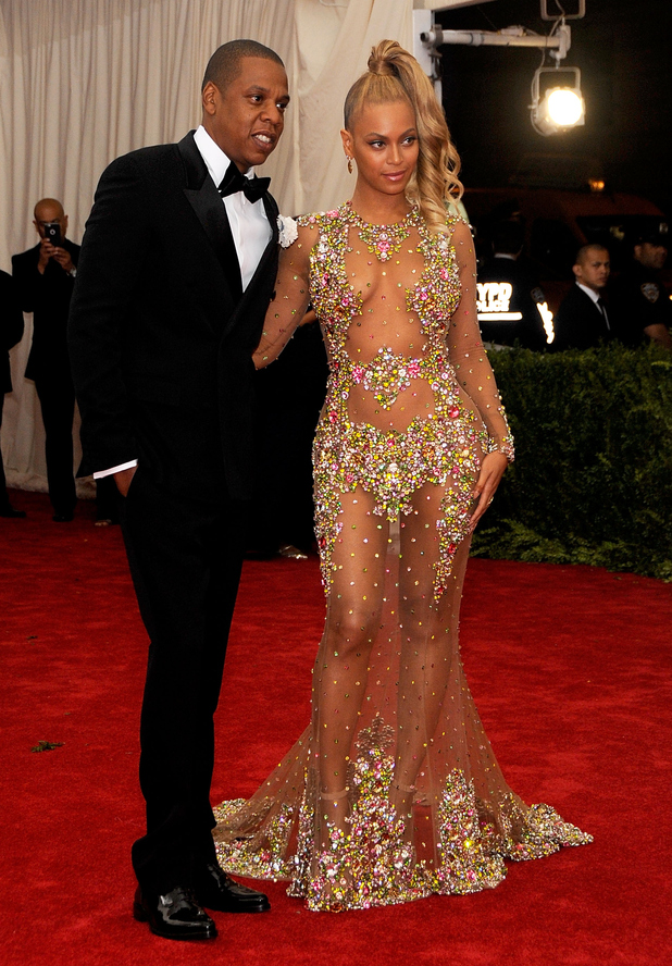 Beyonce, Jay Z arrive at 'China: Through The Looking Glass' Costume Institute Benefit Gala at the Metropolitan Museum of Art on May 4, 2015 in New York City.