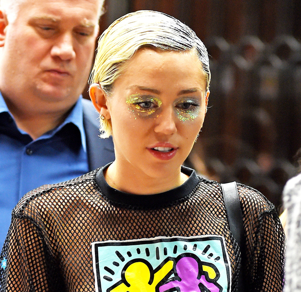 Miley Cyrus talks to fans in New York 14th May 2015