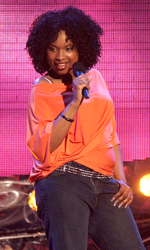 Jennifer Hudson competes on stage during a taping of 'American Idol' Season 3 (Photo by Ray Mickshaw/WireImage)