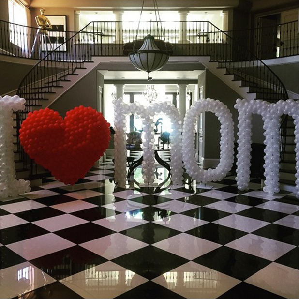 Kris Jenner's Mother's Day gift from Kylie and Kendall, 10 May 2015