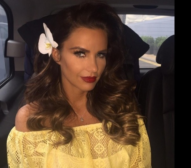 Katie Price teams up with Pringles, Twitter 20 May