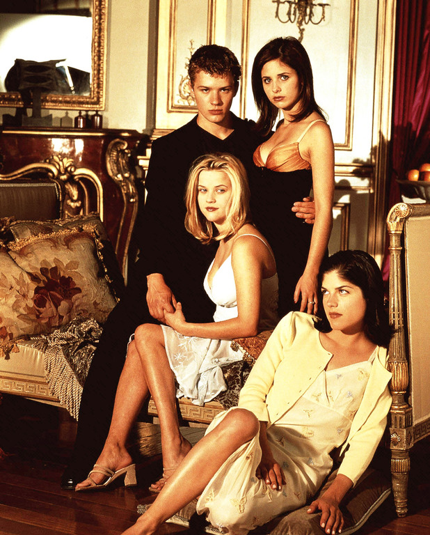 Cruel Intentions poster featuring Selma Blair, Reese Witherspoon, Sarah Michelle Gellar, Colombia 1990