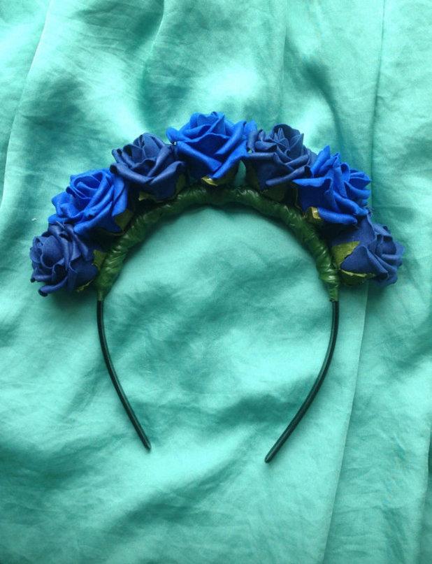 Reveal beauty: Louise Thompson flower headbands