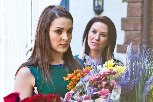 Hollyoaks, Sienna and Reenie go for a job, Tue 9 Jun