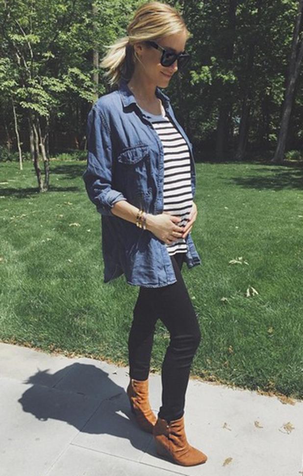 Kristin Cavallari debuts baby bump, 4 June 2015