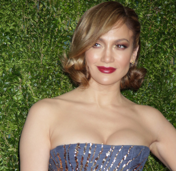 Jennifer Lopez at The Annual Tony Awards in New York, Hollywood hairstyle 8th June 2015