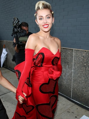 Miley Cyrus on the red carpet at the amfAR Gala in New York 17th June 2015
