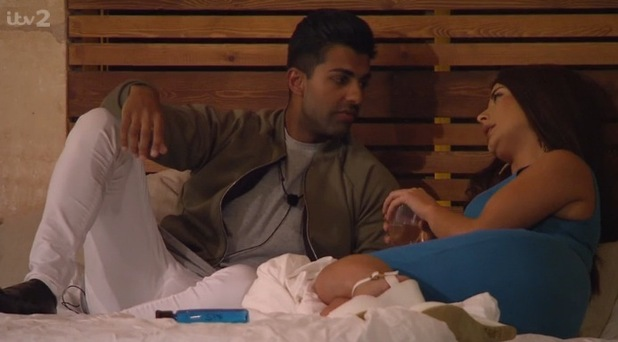 Omar Sultani and Jess Hayes on Love Island 18 June