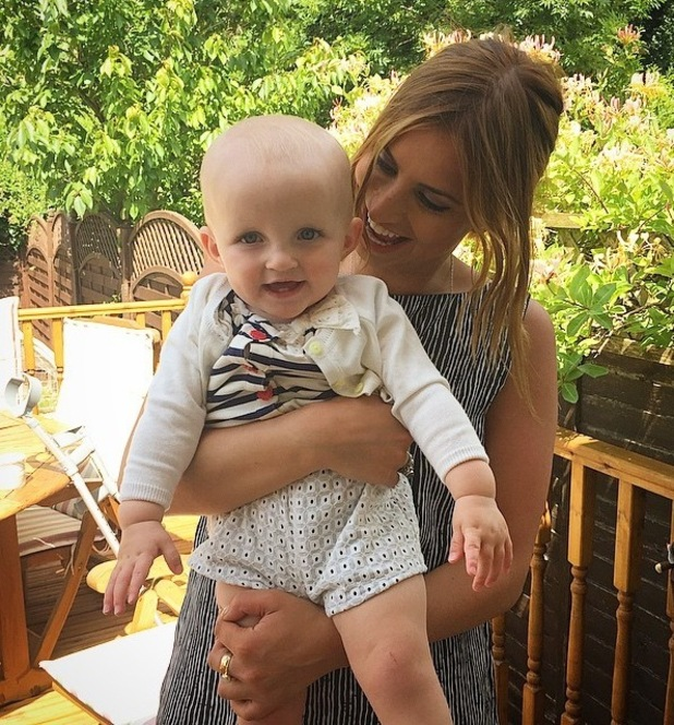 Ferne McCann shares sweet snap with Billie Faiers daughter Nellie, 17th June 2015