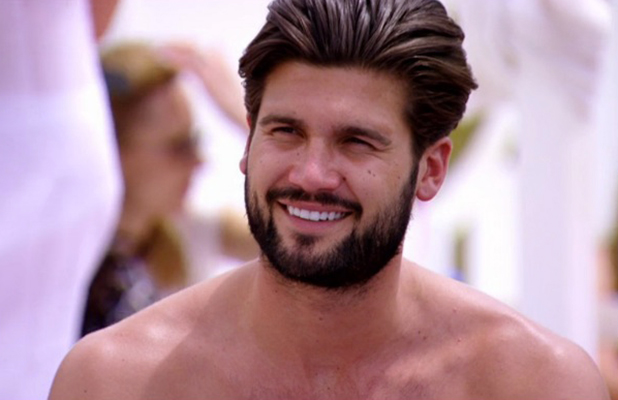 TOWIE episode aired 17 June: Dan advises Peter to swerve Jess