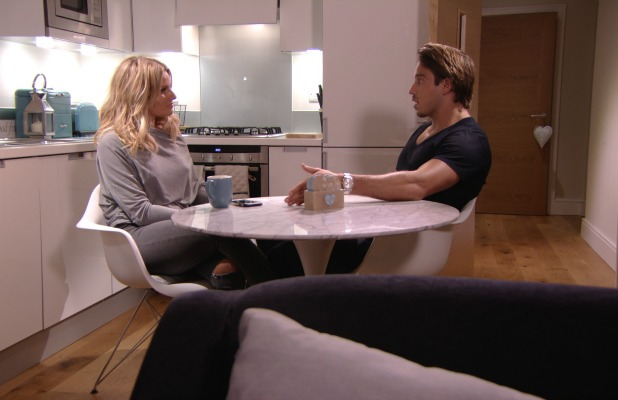 TOWIE episode to air 21 June 2015: Danielle and Lockie