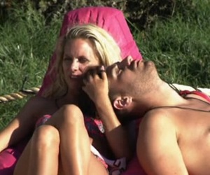 Jonathan Clark and Naomi Ball flirt on Love Island 22 June