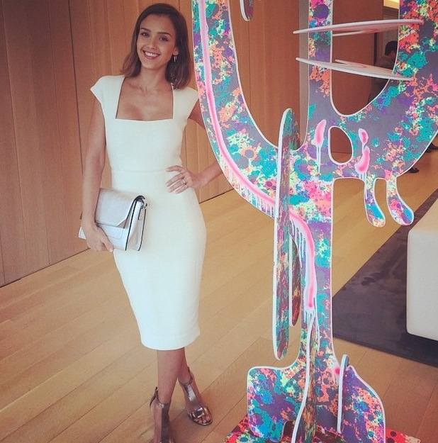Jessica Alba wears Narciso Rodriguez dress and posts picture to Instagram 24th June 2015