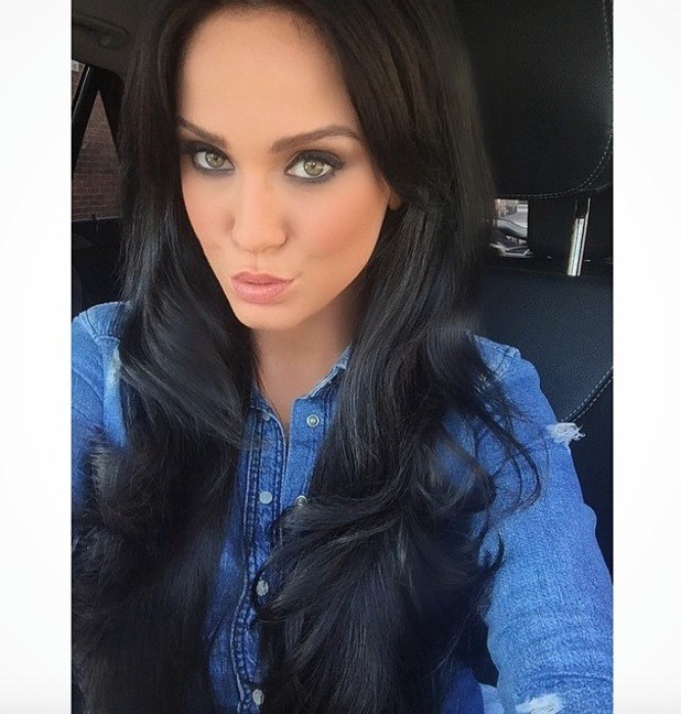 Vicky Pattison goes darker with hair extensions, to almost-black colour, 21 June 2015