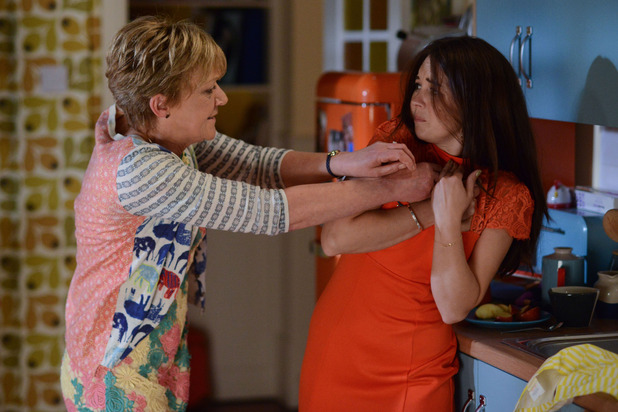 EastEnders, Jean flips at Stacey, Mon 5 Jul