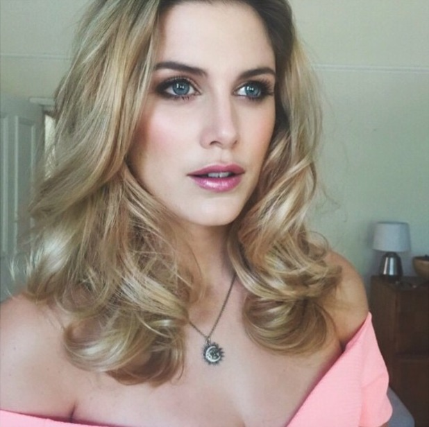 Ashley James pink make-up selfie, wear Burt's Bees lips, by Emily-Jane Williams, 29 June 2015