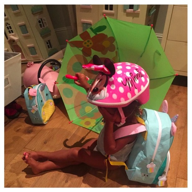 Kim Kardashian posts picture of daughter North West having a tantrum, 4 July 2015
