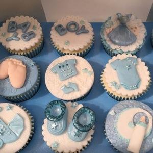 Frankie Bridge's baby shower cakes 13 July