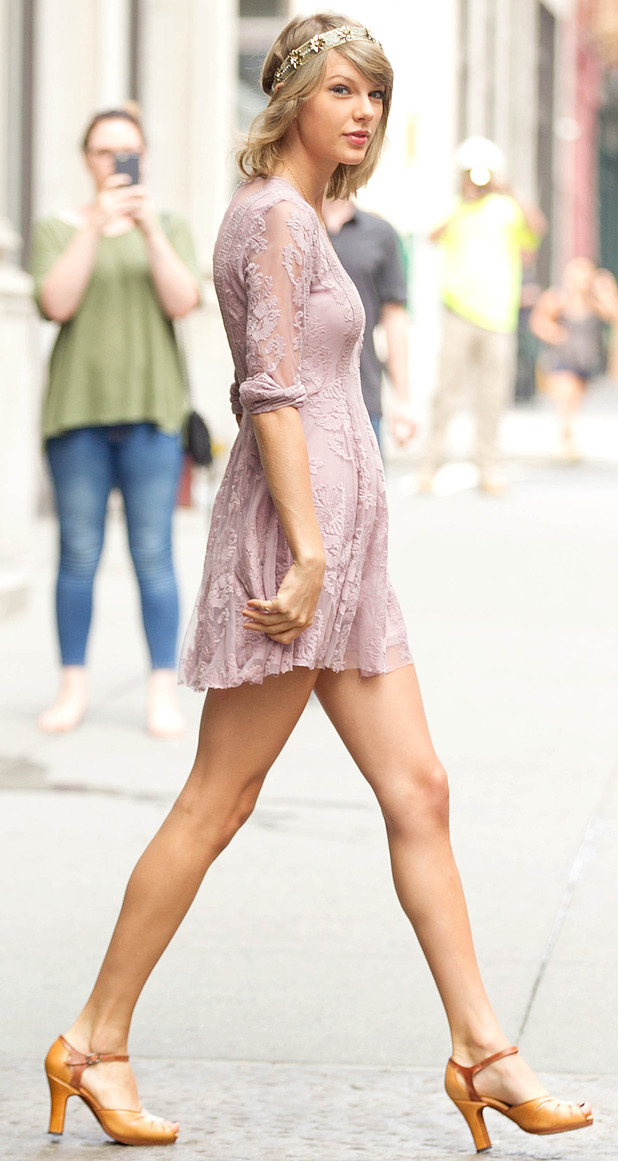 Taylor Swift steps out of her New York apartment 14th July 2015