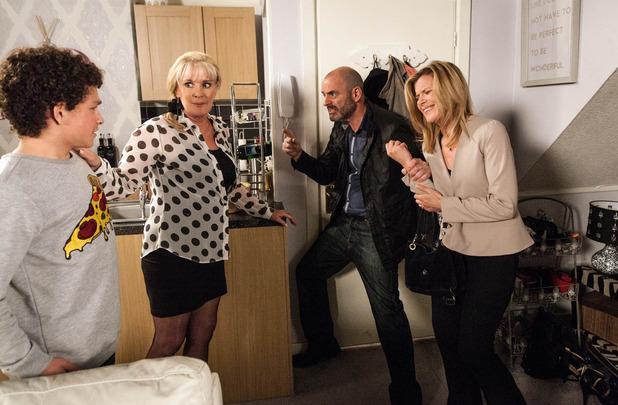 Corrie, Dan kidnaps Liz, Leanne and Simon, Mon 20 Jul