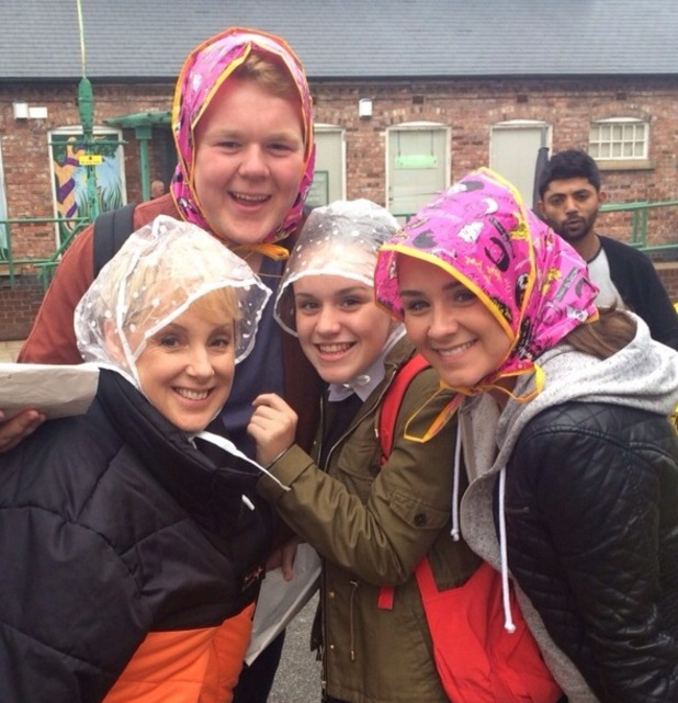 Brooke Vincent Blog: Brooke with Corrie co-stars in the rain 15 July