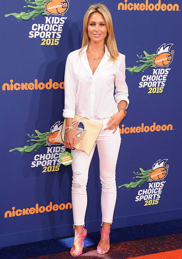 Alex Curran Gerrard attends the Nickelodeon Kids' Choice Sports Awards at UCLA's Pauley Pavilion on July 16, 2015 in Westwood, California. (Photo by Jason LaVeris/FilmMagic)