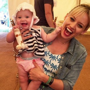 Kimberly Wyatt and daughter Willow, Oxford July