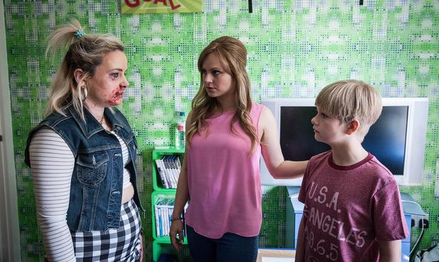 Corrie, Gemma beaten, Mon 3 Aug