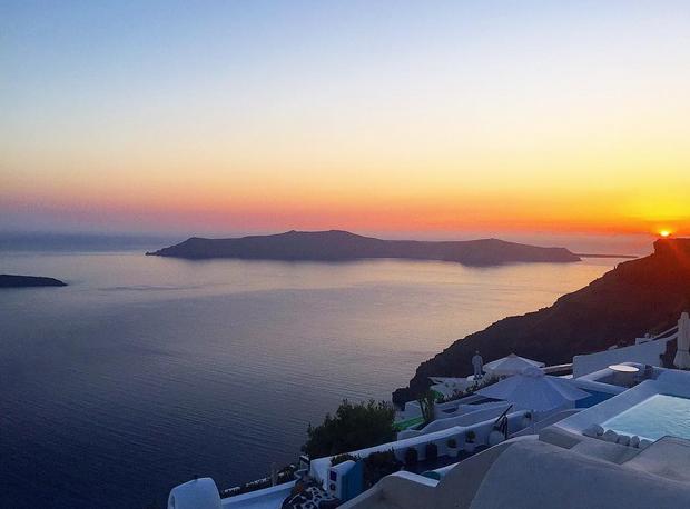 Lillie Lexie Gregg, Santorini sunset 21 July