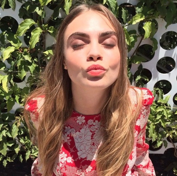 Cara Delevingne posts clear-skin selfie to Instagram 28th July 2015