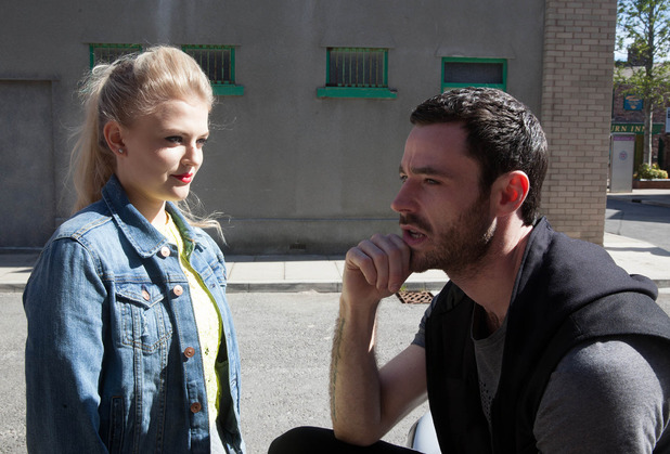 Corrie, Bethany tells Callum she knows he fancies her, Wed 5 Aug