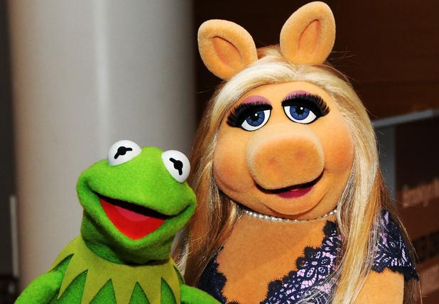 miss-piggy-kermit-the-frog.jpg
