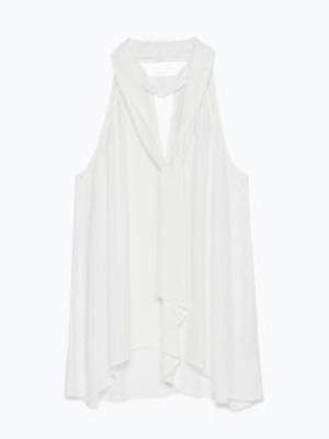 Get The Look: Leigh Anne Pinnock's white shirt from Zara