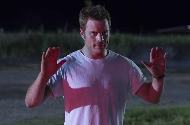 Hot Pursuit movie still starring Robert Kazinsky