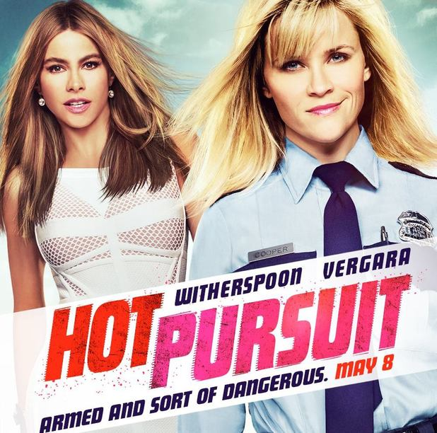 Hot Pursuit movie poster starring Reese Witherspoon and Sofia Vergara