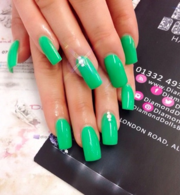 Maria Fowler shows off emerald green nails thanks to Diamond Dolls Hair & Beauty in Alvaston, Derby, 14 August 2015