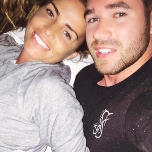Katie Price all smiles with husband Kieran Hayler, 22 August 2015