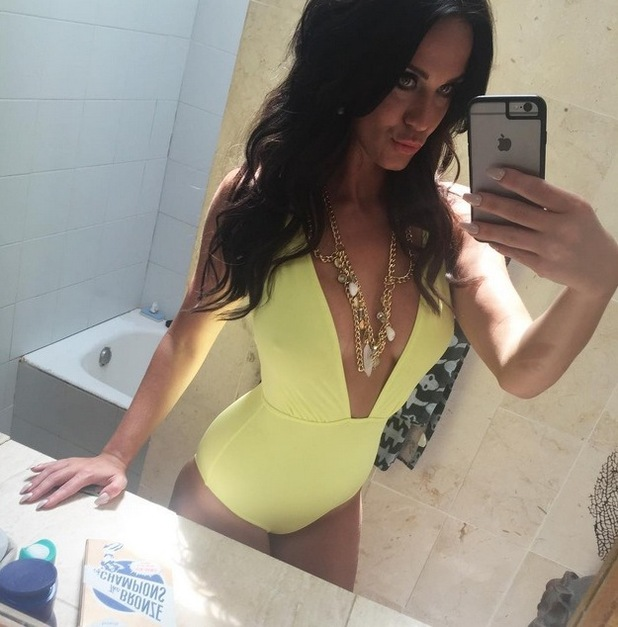 Vicky Pattison shares a behind the scenes snap from her calendar shoot, 16th August 2015