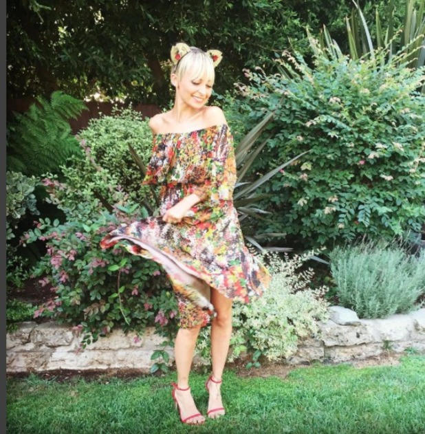 Nicole Richie looks like she's returned to blonde hair - and wears cute, kitty ears headband, 28 August 2015