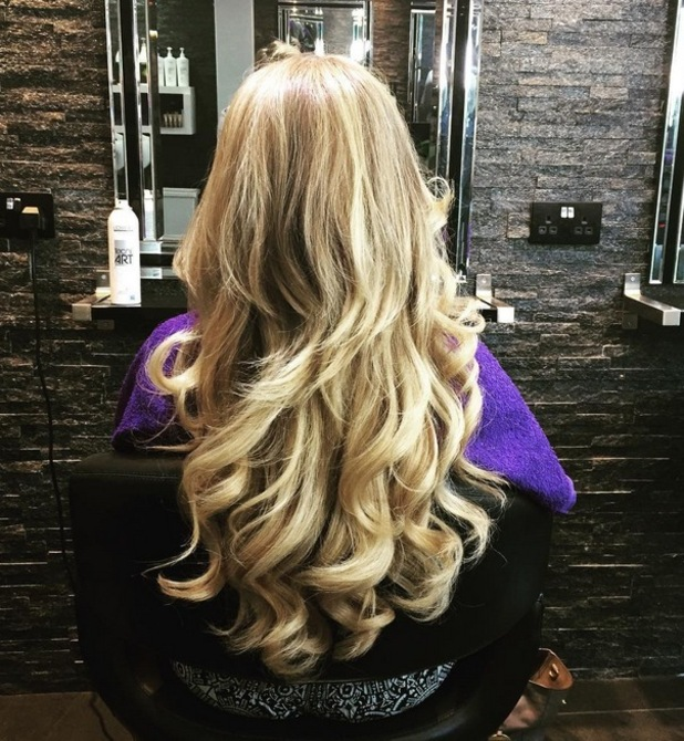 Holly Hagan gets a hair makeover with curly blow-dry, 26th August 2015