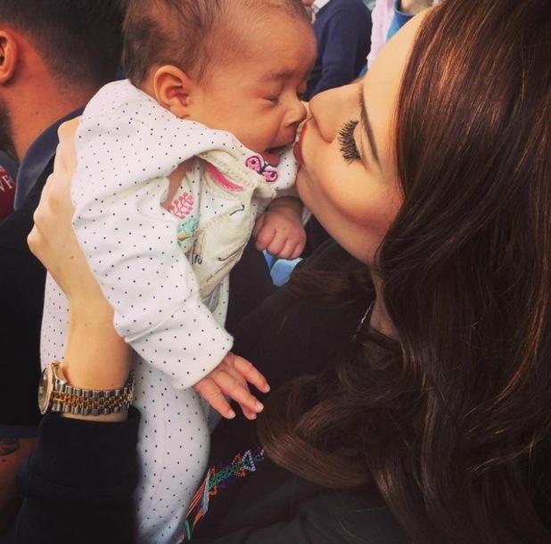 Helen Flanagan kisses baby Matilda, Instagram 30 August