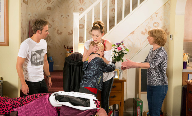 Corrie, Max afraid of Callum, Fri 11 Sep