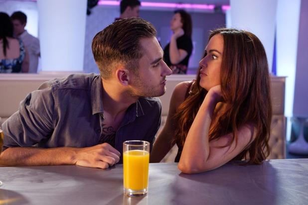 Hollyoaks, Freddie tries to kiss Mercedes, Fri 18 Sep