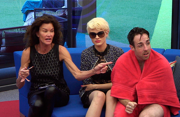 CBB Day 21: Janice with Chloe and Stevi