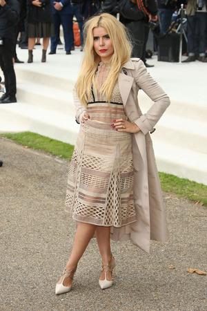 Paloma Faith arrives at London Fashion Week Spring/Summer 2016 - Burberry, 21st September 2015