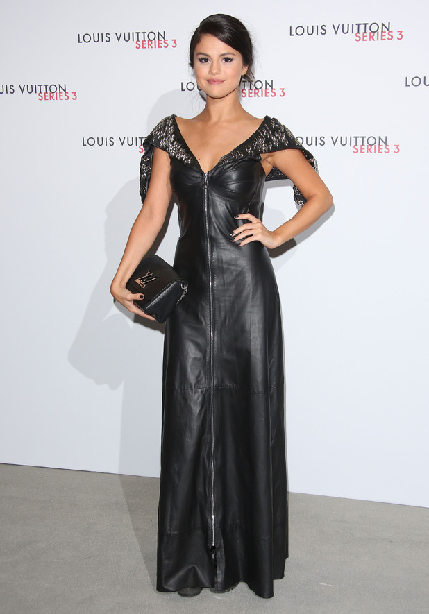 Selena Gomez arrives at London Fashion Week - Louis Vuitton series 3 Exhibition Launch Party, 20th September 2015