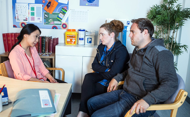 Corrie, Fiz and Tyrone get Hope's results, Wed 30 Sep