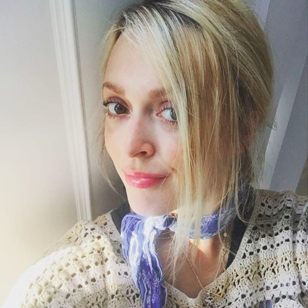 Fearne Cotton shares pretty selfie, October 2015.
