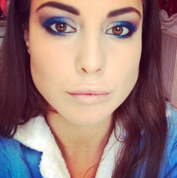 Louise Thompson shares picture of her blue eyeshadow look on Instaram 30th September 2015